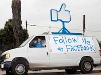 Facebook - follow me